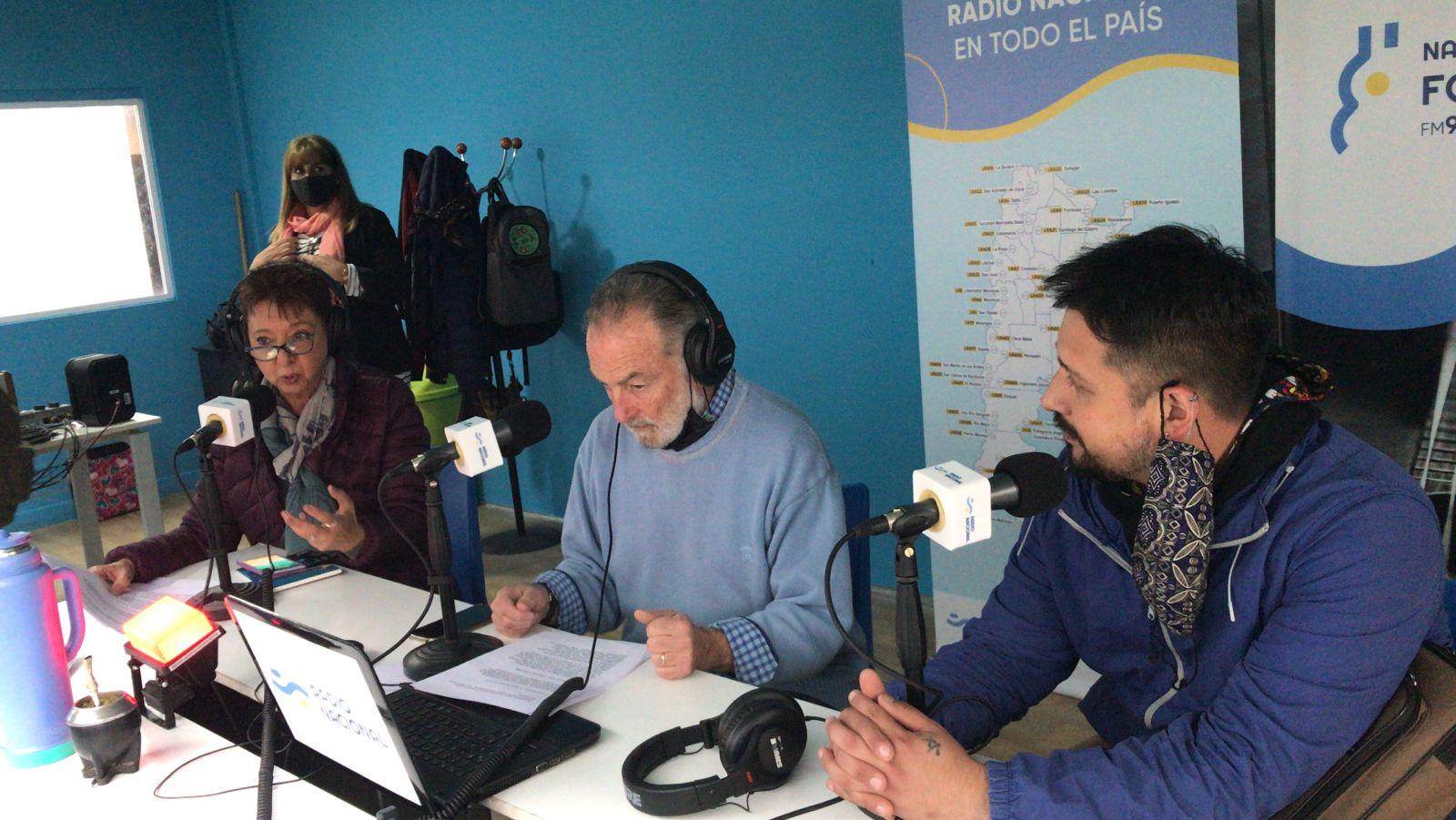Luisa Valmaggia y Horacio Embón junto a Franco Ramírez